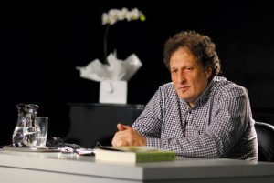 "Aulas sobre ""Ortodoxia"" do professor José Monir Nasser"
